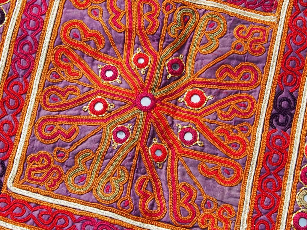antique  Katawaz  silk embroidery  Tray cloth No:18/15