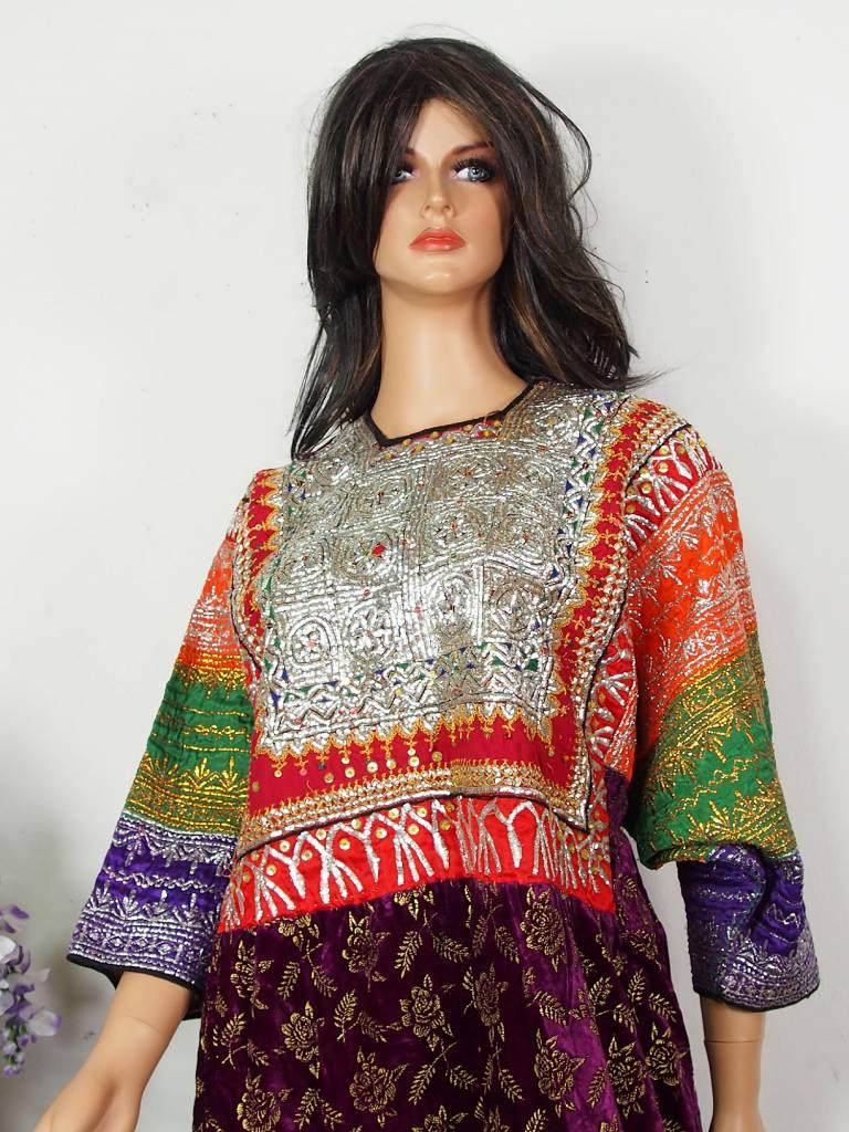 antik  Frauen Dress Sindh Pakistan18/ B