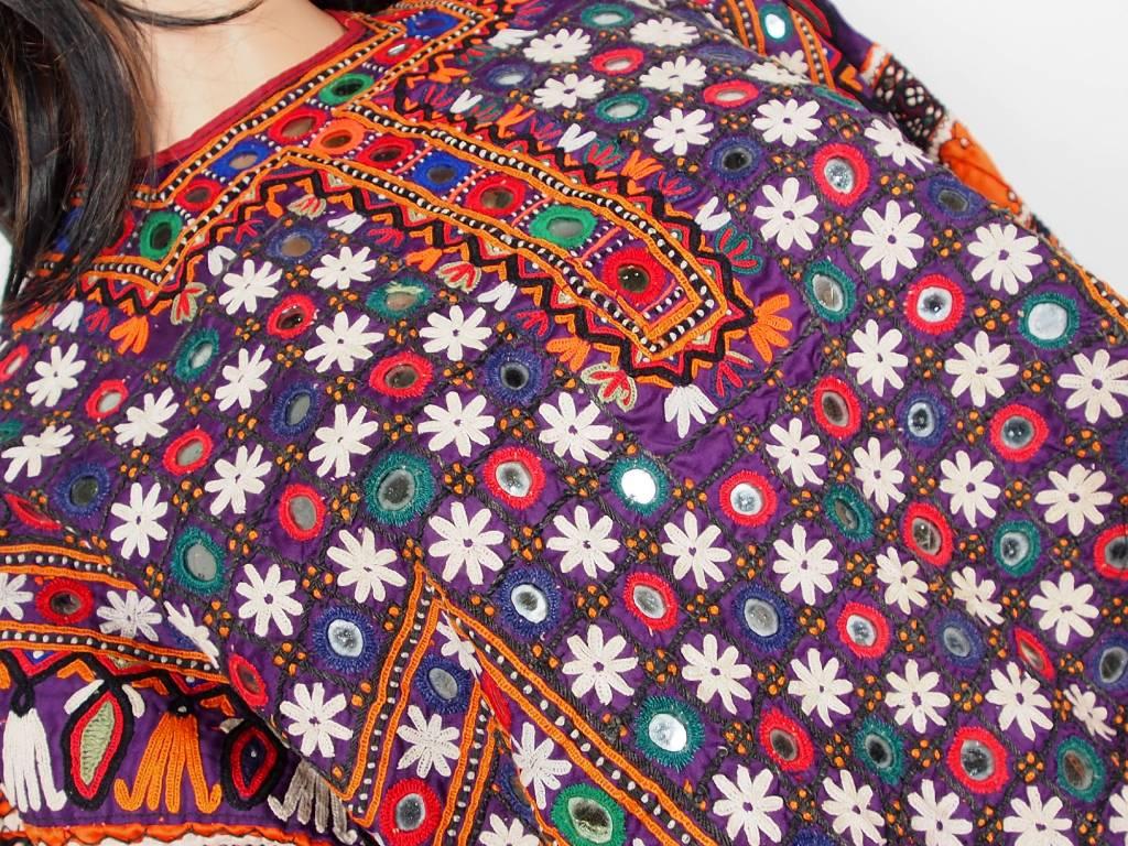 antik  Frauen Dress Sindh Pakistan18/ A