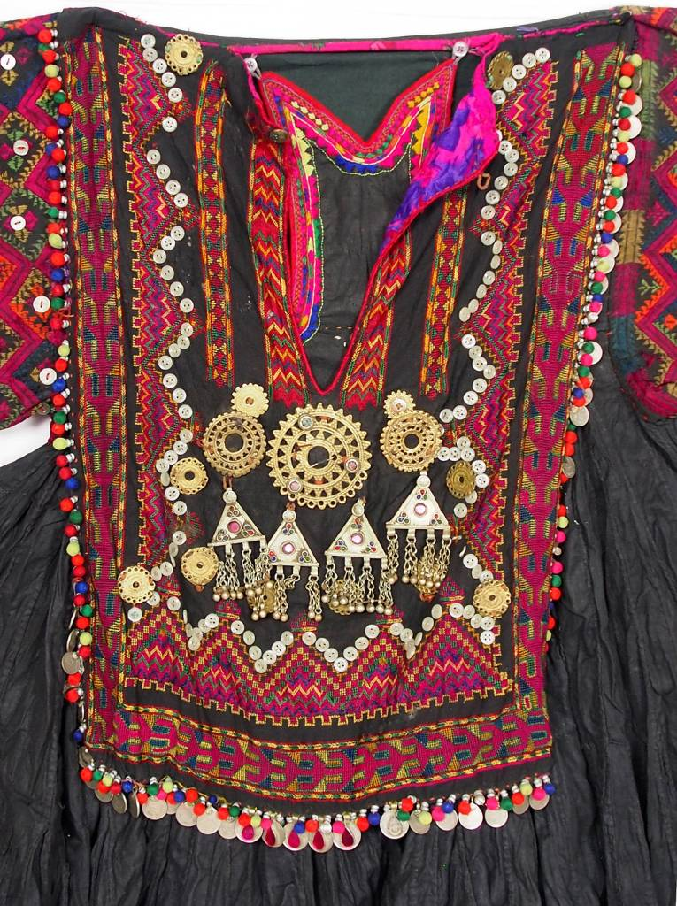3 parts antique  Afghanistan nuristan  Woman  Dress jumlo No:F