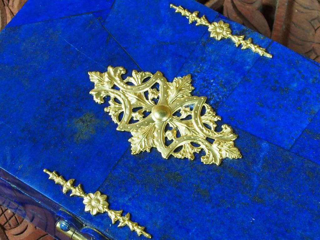 Extravagant Royal blau echt Lapis lazuli Schmuckkiste    aus Afghanistan Löwe Nr-18/24
