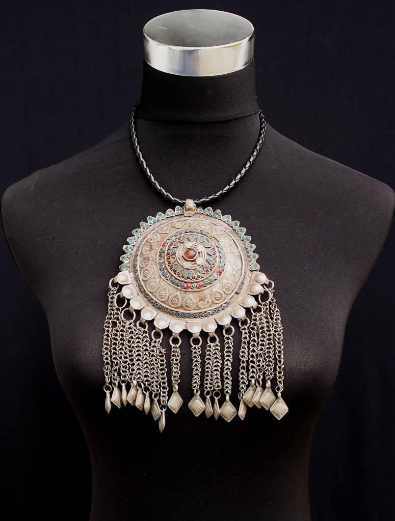 Antike sehr lange Nomaden Silber Halsmomente Kette Anhänger Quast Nuristan Swat Valley Afghanistan pakistan No:18/11-F