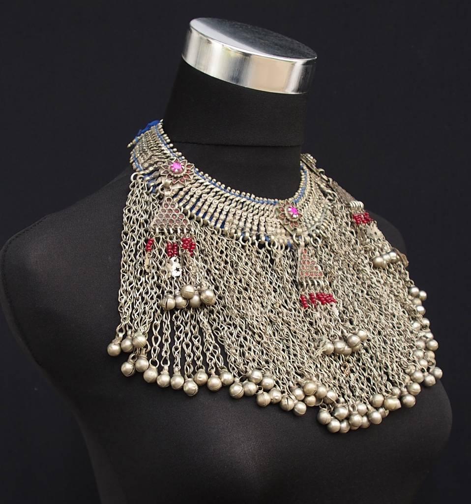 Antike Nomaden Silber Halsmomente Kette Anhänger Quast Nuristan Swat Valley Afghanistan pakistan No:18/11/A