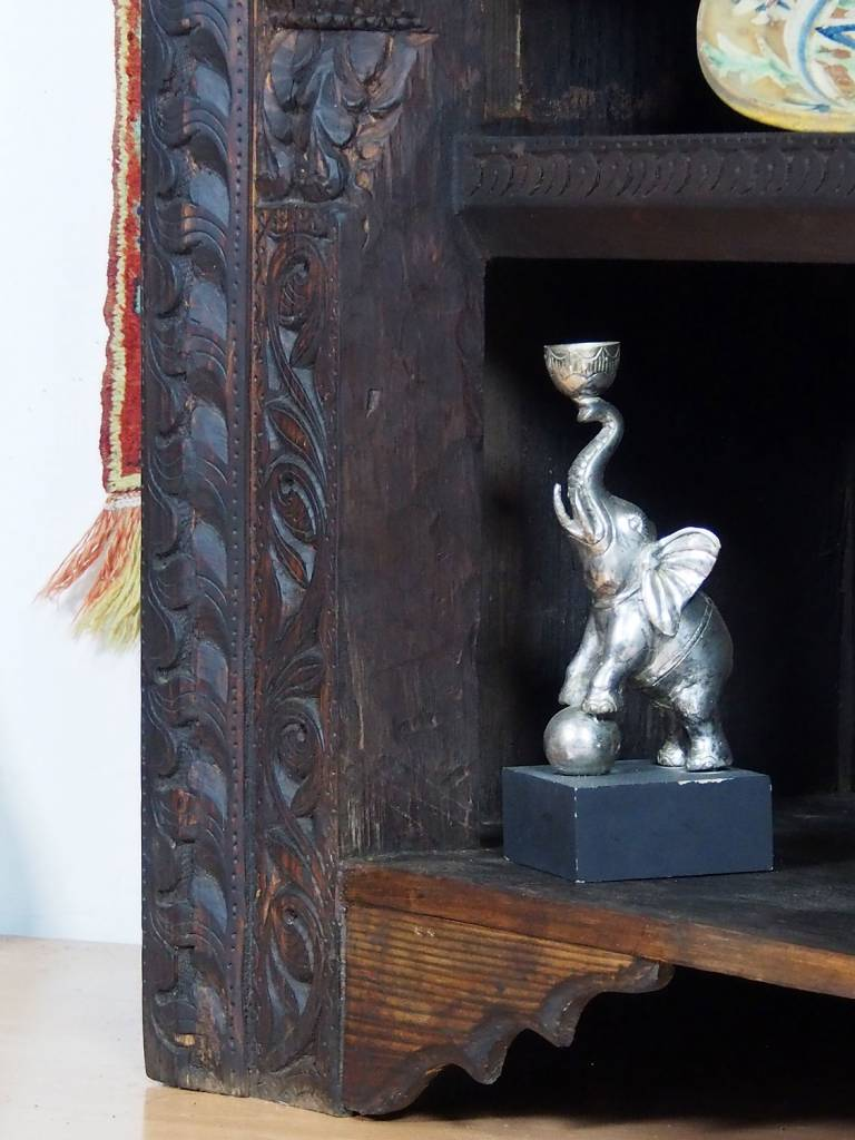 antik orient Regal Nuristan 19/D