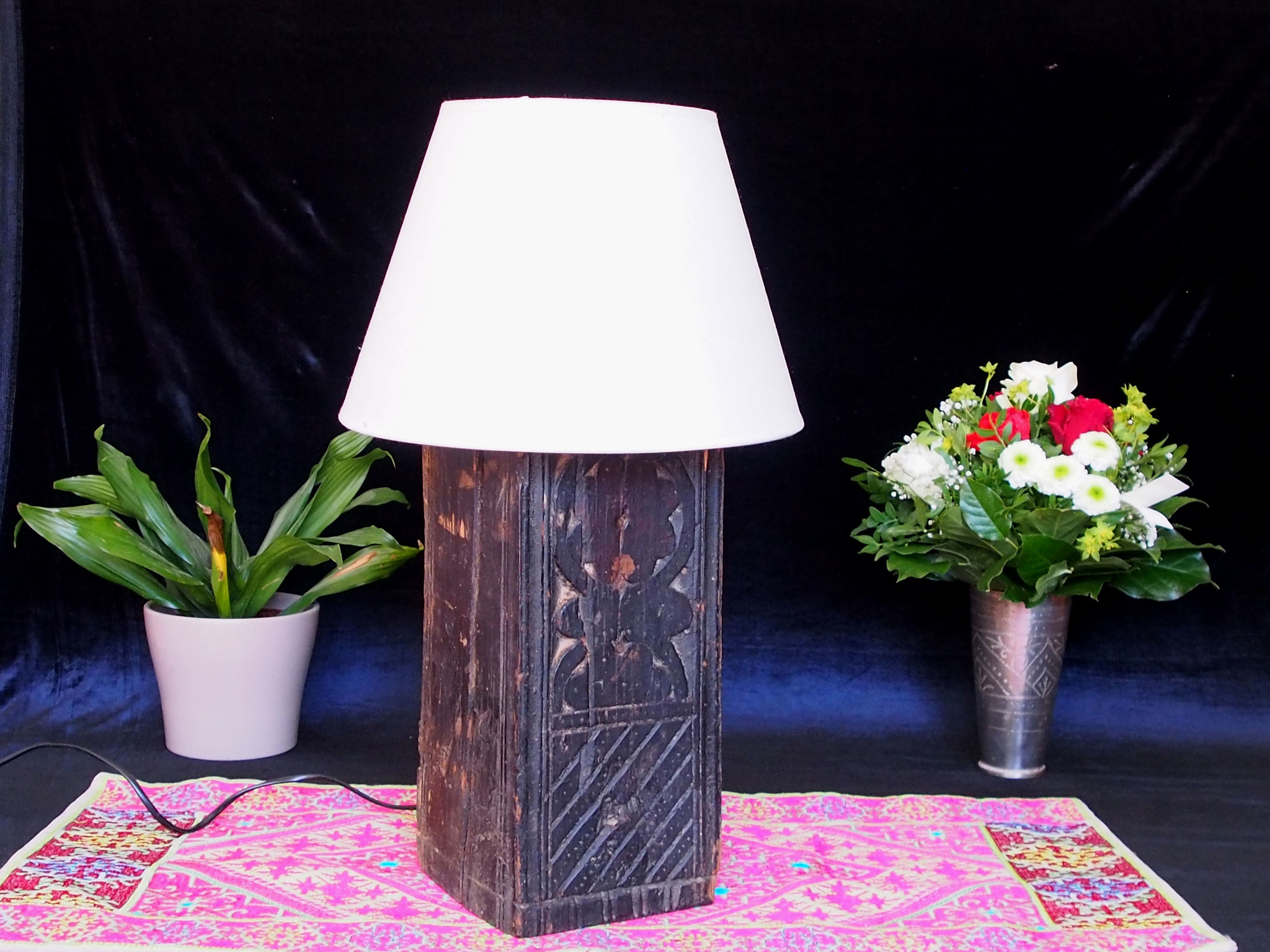 Antique lamp base Lampe Nuristan  A