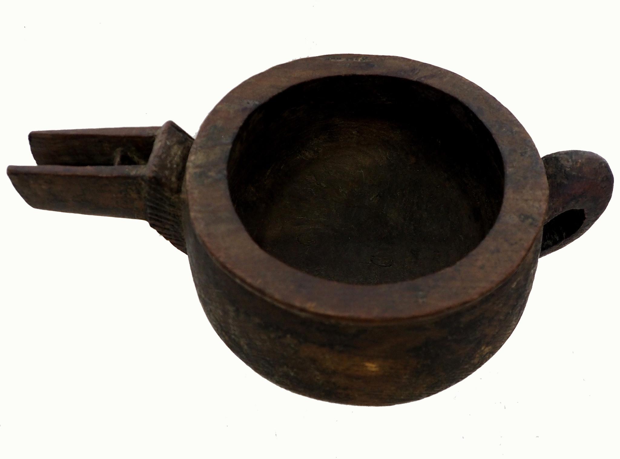 Antique wooden bowl  Nuristan Afghanistan No:19/4