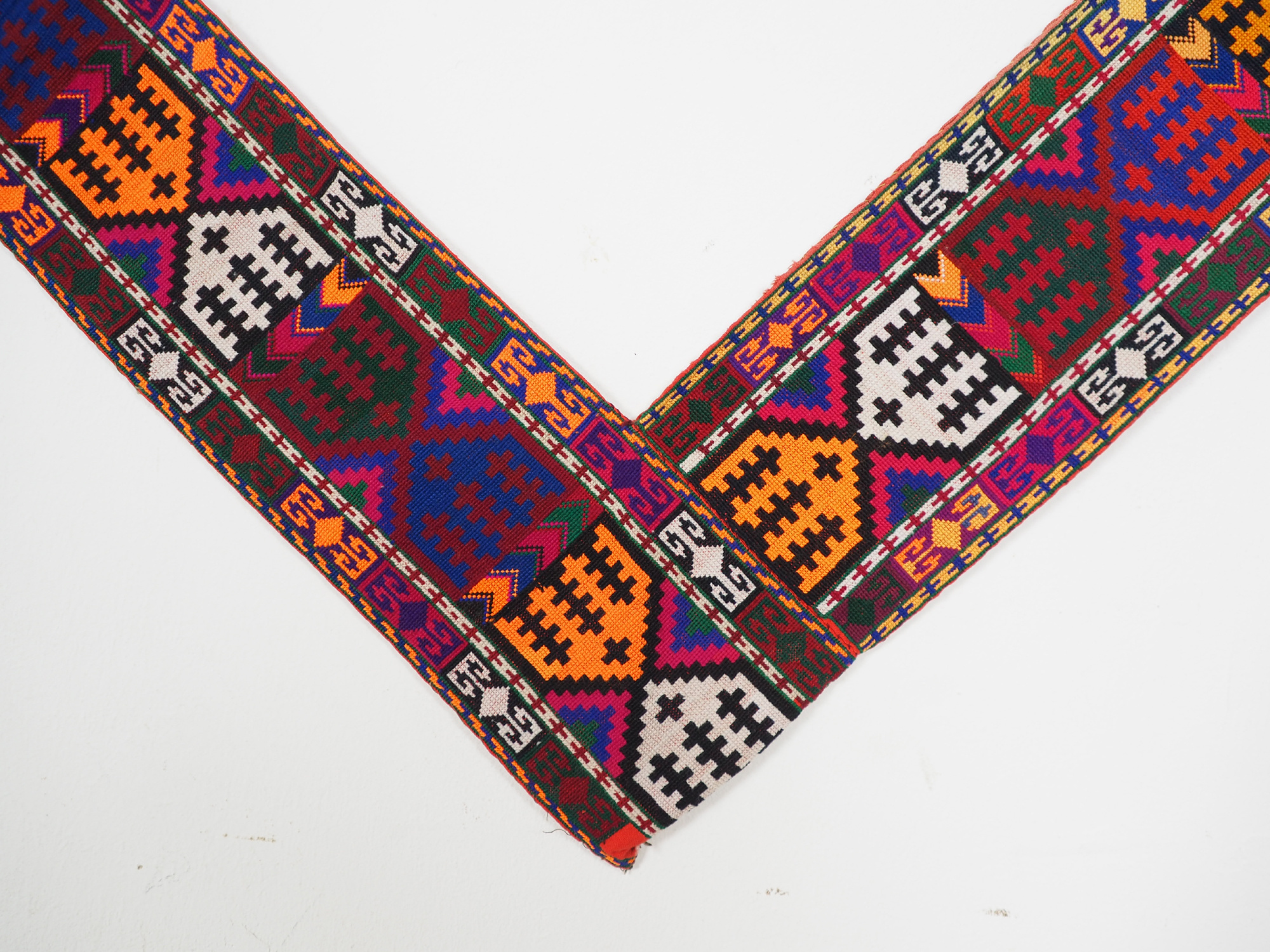 antik orient Usbek Nomaden Suzani Jurten Zierband saye-gosha aus Afghanistan Nr:19/E