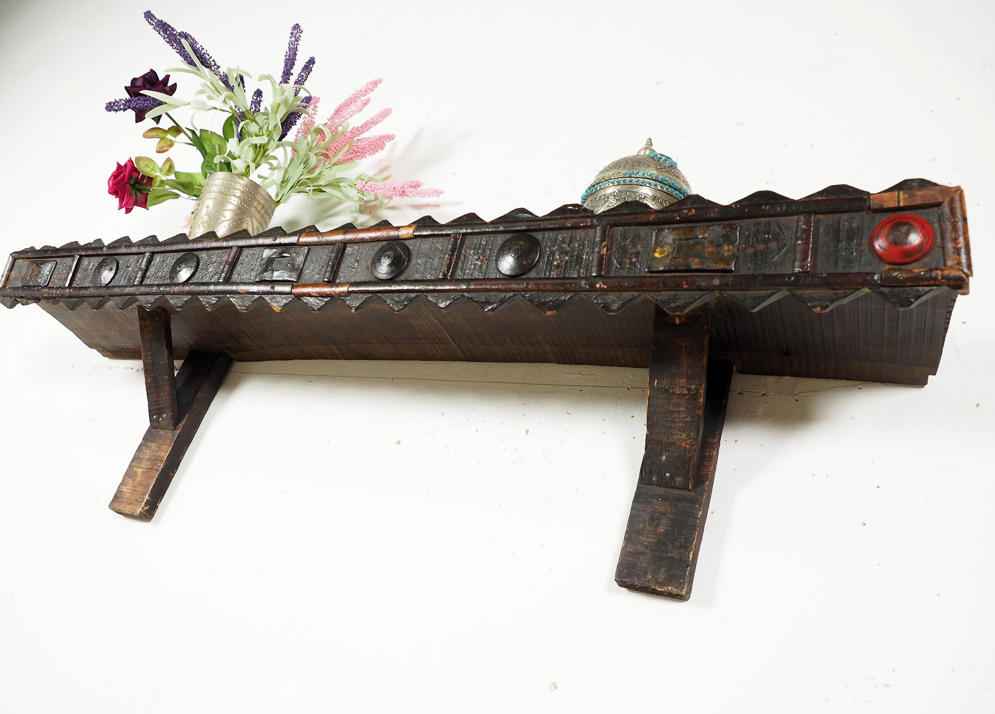 antik Wandregal aus Afghanistan Pjb