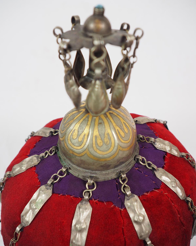 Antike Tekke Turkmen Mütze Schmuck für Mädchen im heiratsfähigen Alter Hut Frauen, s Hochzeit Kopfschmuck Turkmeistan 19. Jh. 20/A