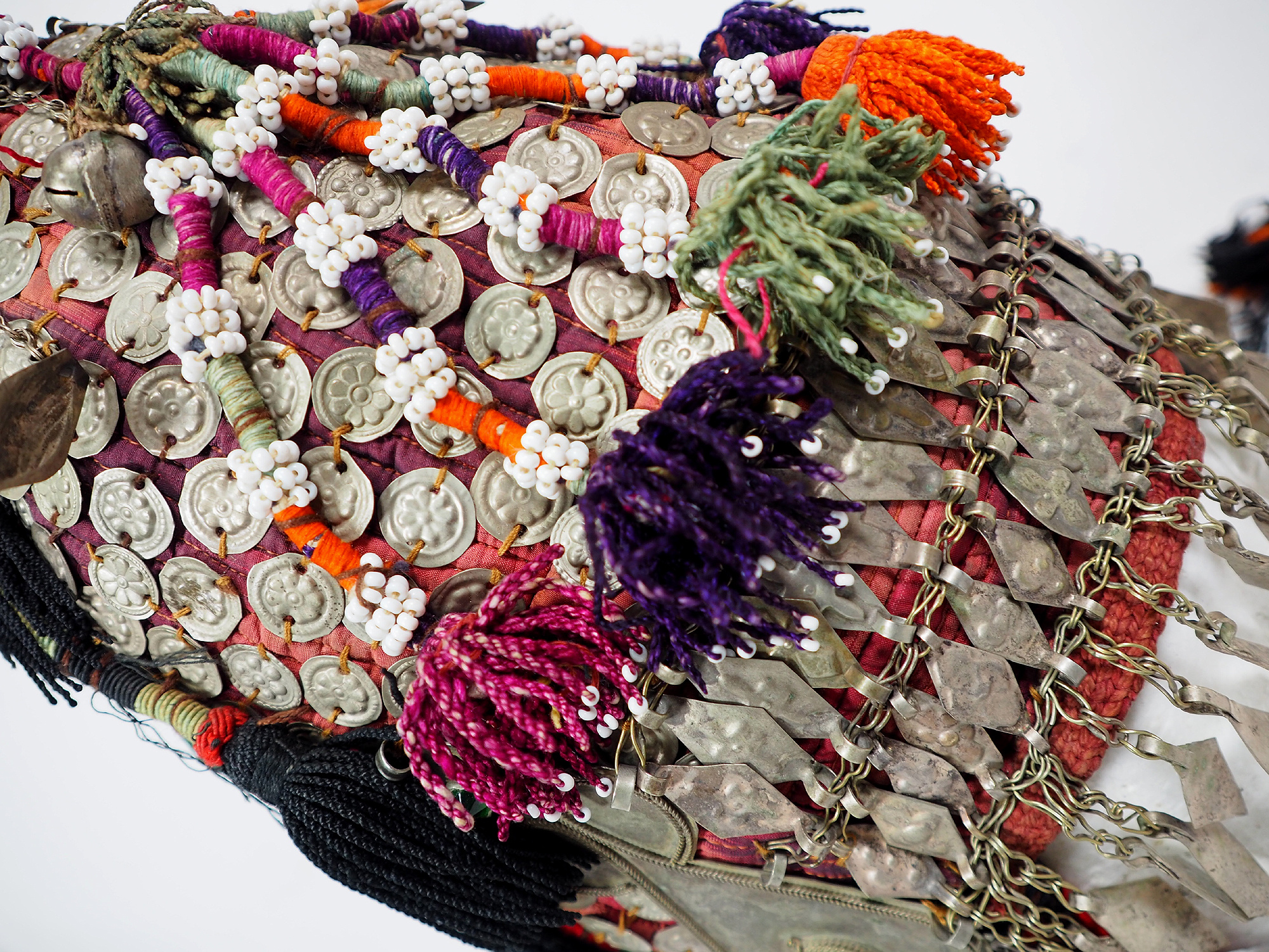 Antike Tekke Turkmen Mütze Schmuck für Mädchen im heiratsfähigen Alter Hut Frauen, s Hochzeit Kopfschmuck Turkmeistan 19. Jh. IT/C