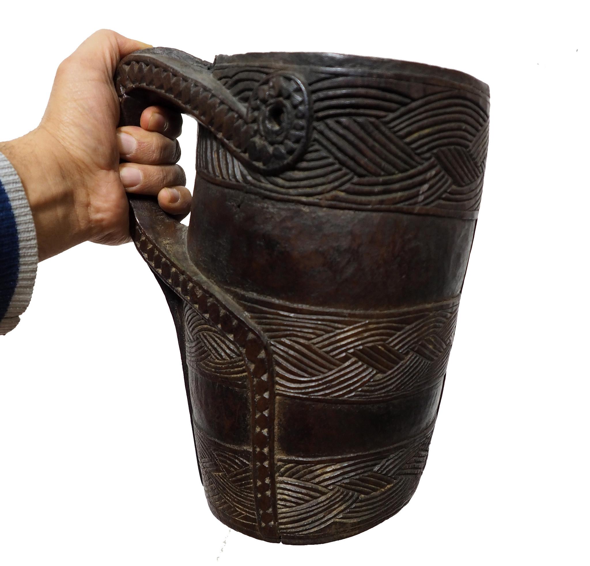 Antique wooden jug Nuristan Afghanistan Krug No:ulm