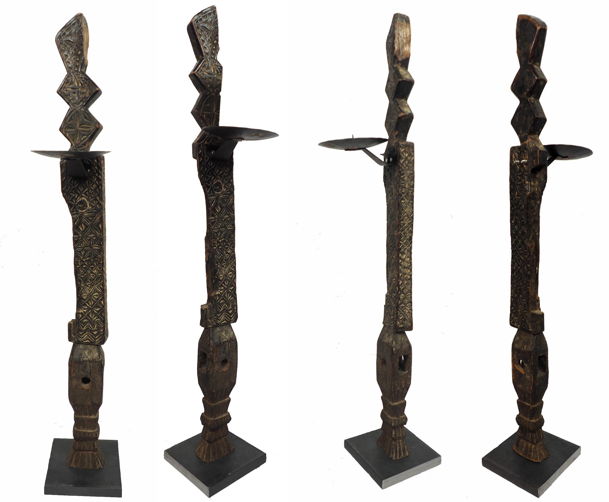 antik orient handgeschnitzte Massiv Holz Kerzenstände aus eine Nuristan holzstuhl bein Afghanistan Pakistan Swat-Valley 18/19 Jh. Nr:B