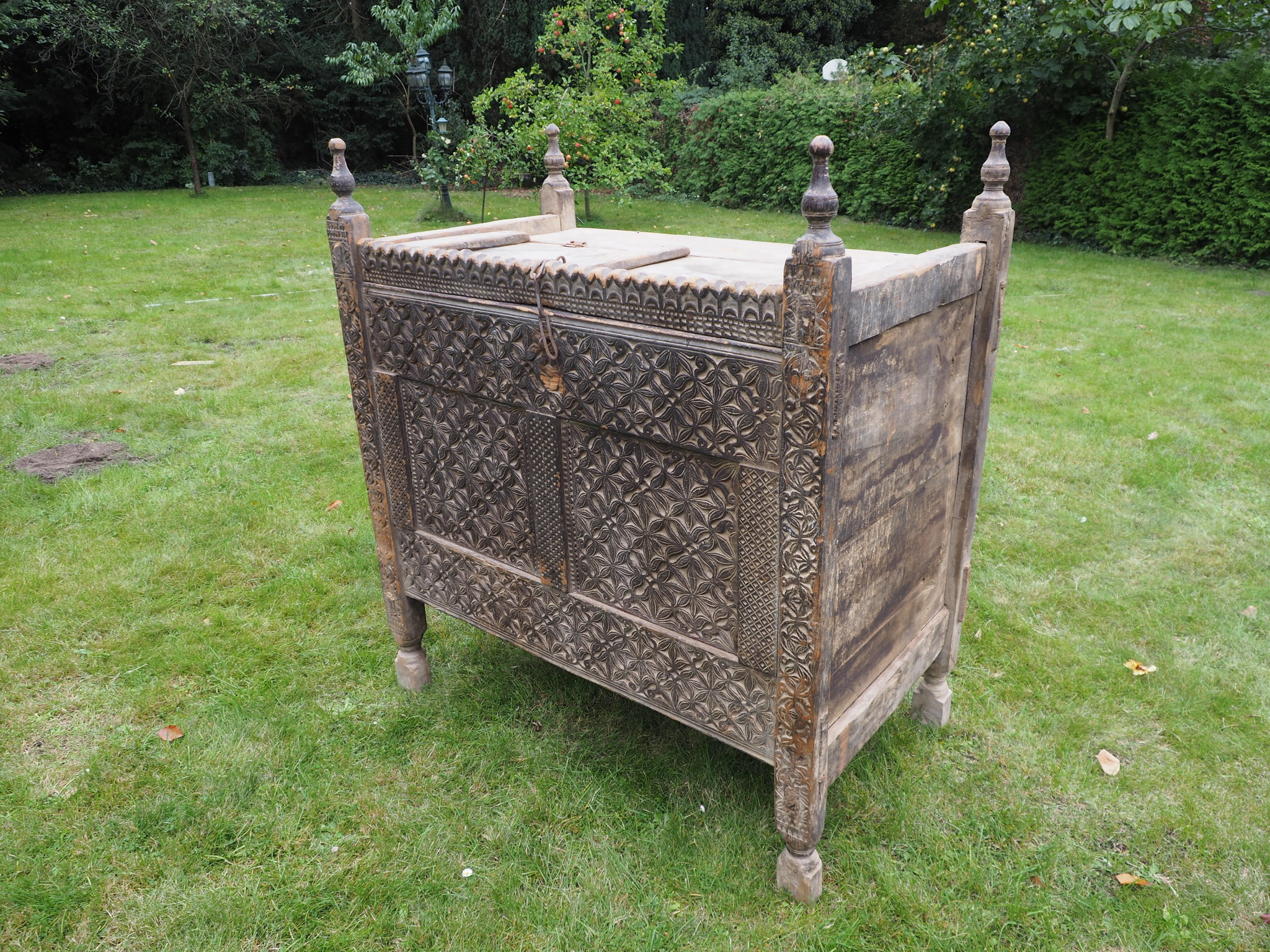 antique 19th century orient vintage cedar wood treasure Dowry Chest from Nuristan Afghanistan No:1