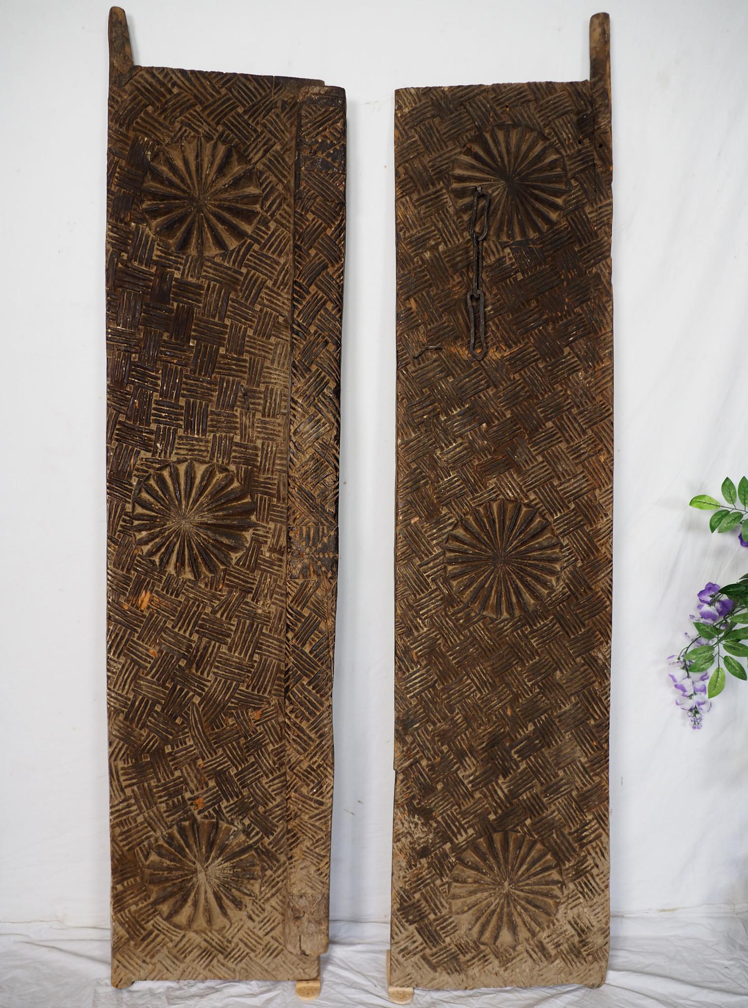 Antique orient vintage carved wooden Door from Nuristan Afghanistan WAL