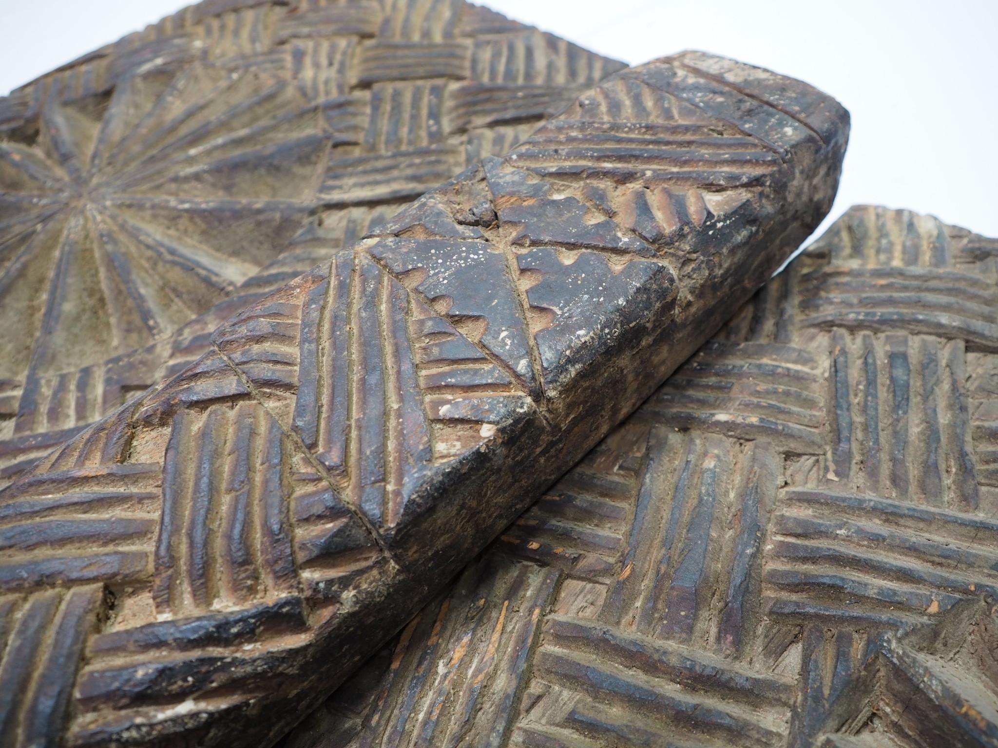 antik orient Massiv Holz Haustür Tür zimmertür Afghanistan Nuristan 19 Jh. WAL