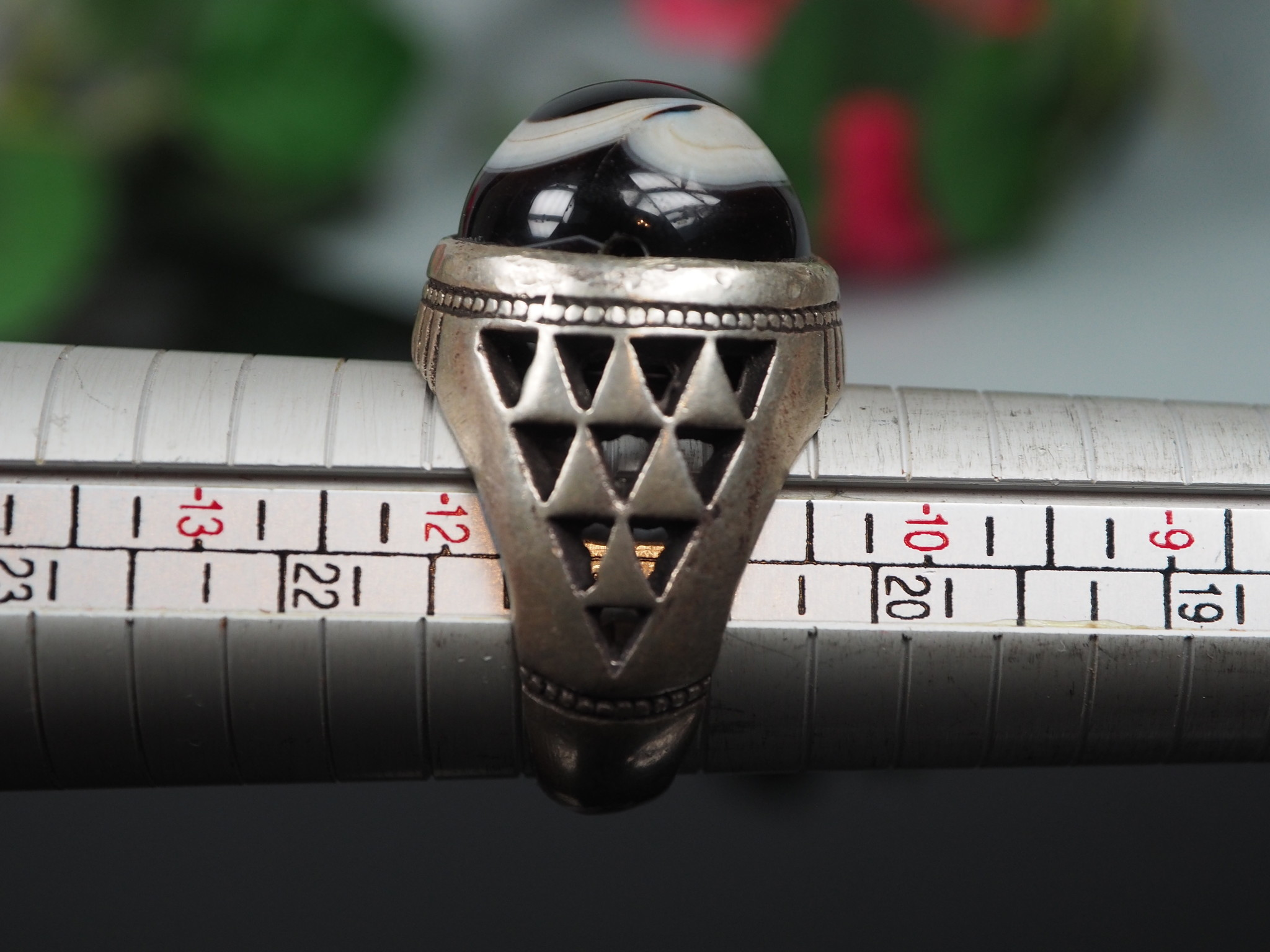 antique handmade Silver eye agate stone turkmen statement AQEEQ ring from Afghanistan No:WL21/3