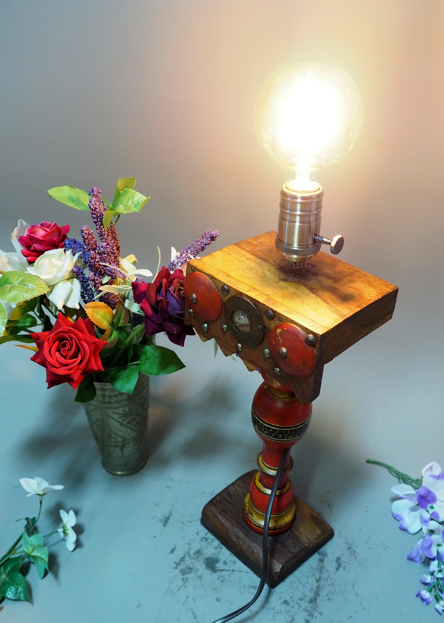 Antique handpainted stunning Vintage Lacquerware wooden Table Lamp with Vintage light fitting from Afghanistan / Pakistan No:21/5