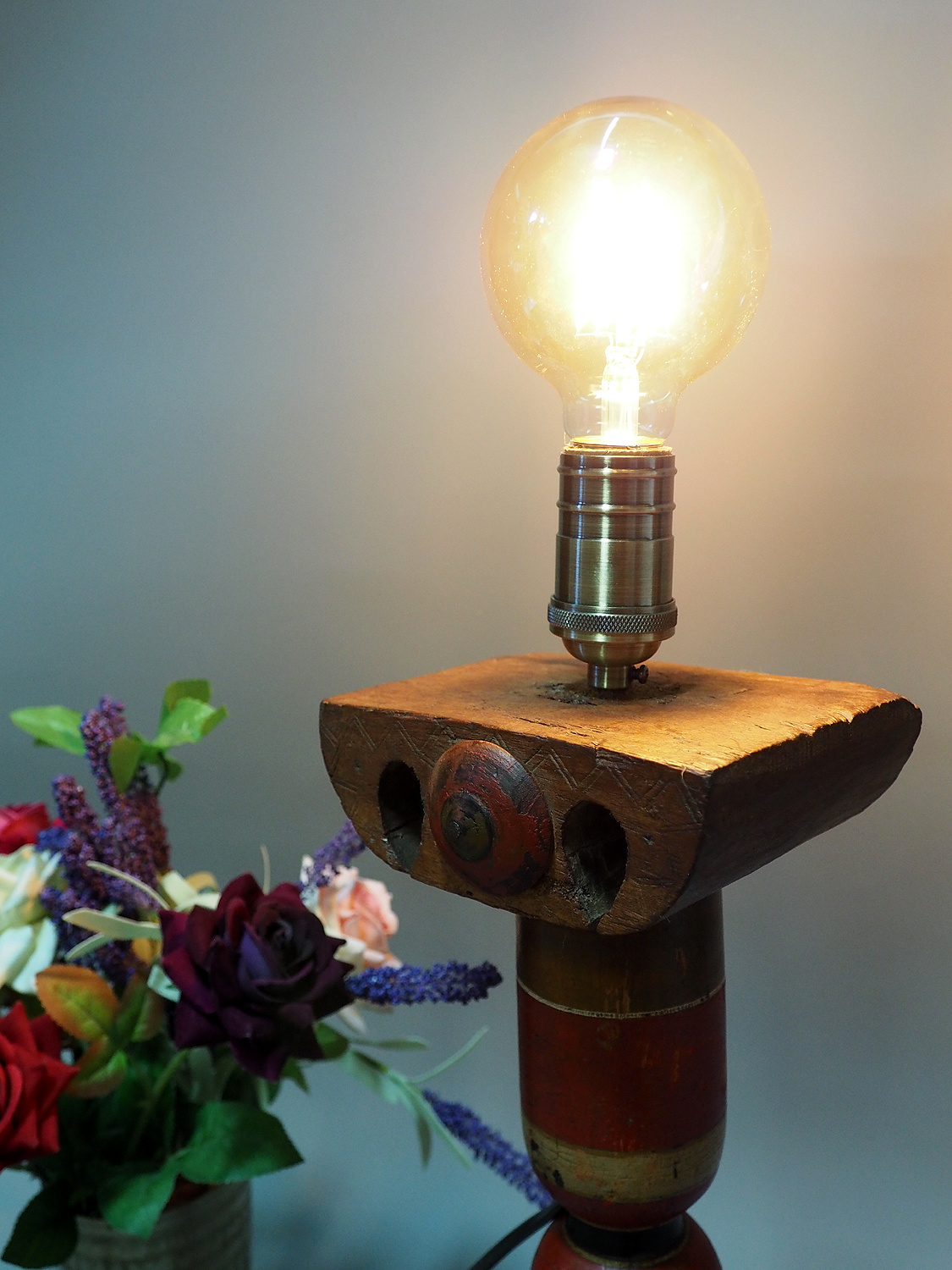Antique handpainted stunning Vintage Lacquerware wooden Table Lamp with Vintage light fitting from Afghanistan / Pakistan No:21/4