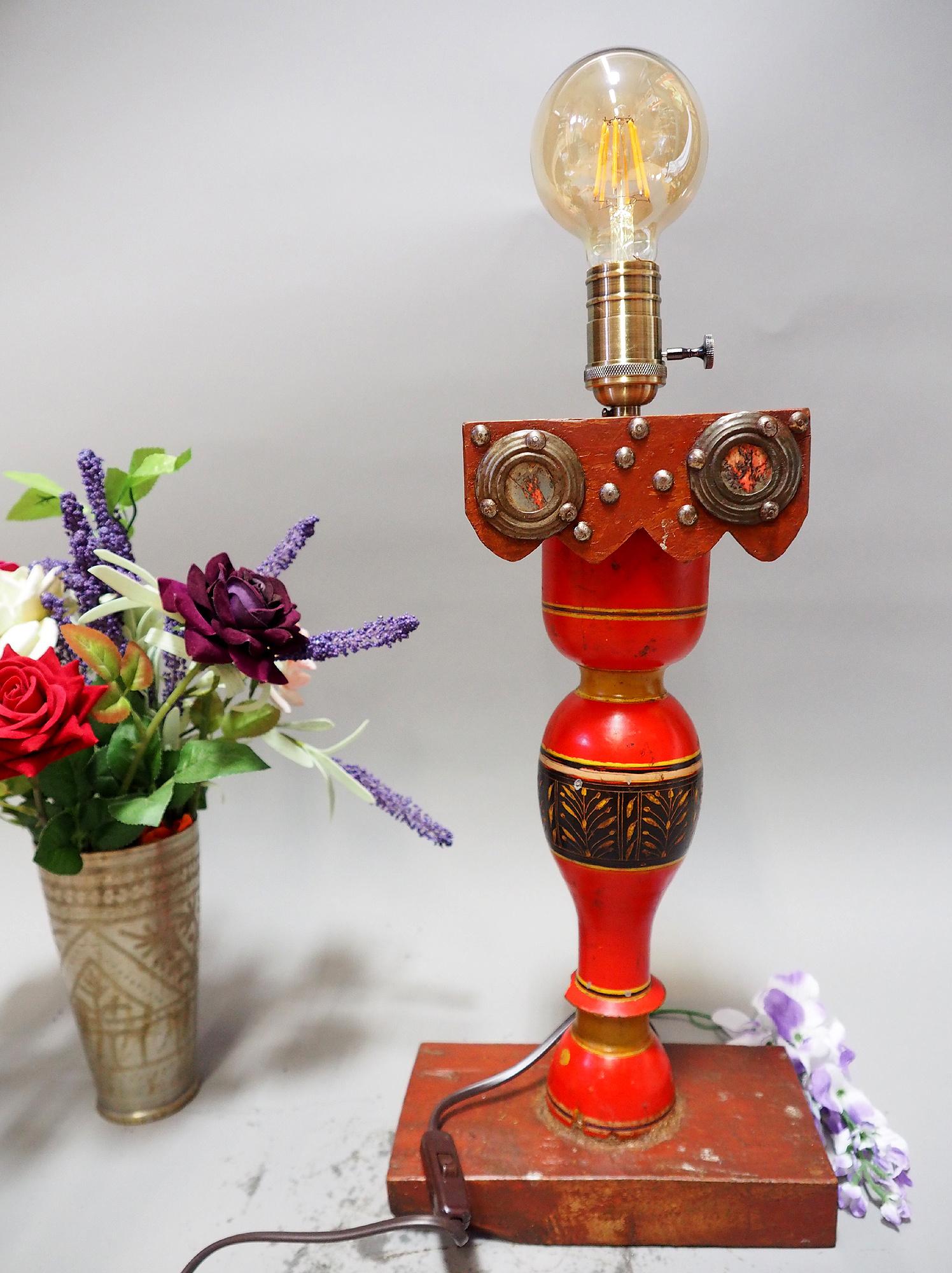 Antike orient handgearbeitete Lacquerware Massiv Holz Lampensockel Tischleuchte mit Vintage Fassung aus Afghanistan Pakistan 21/3