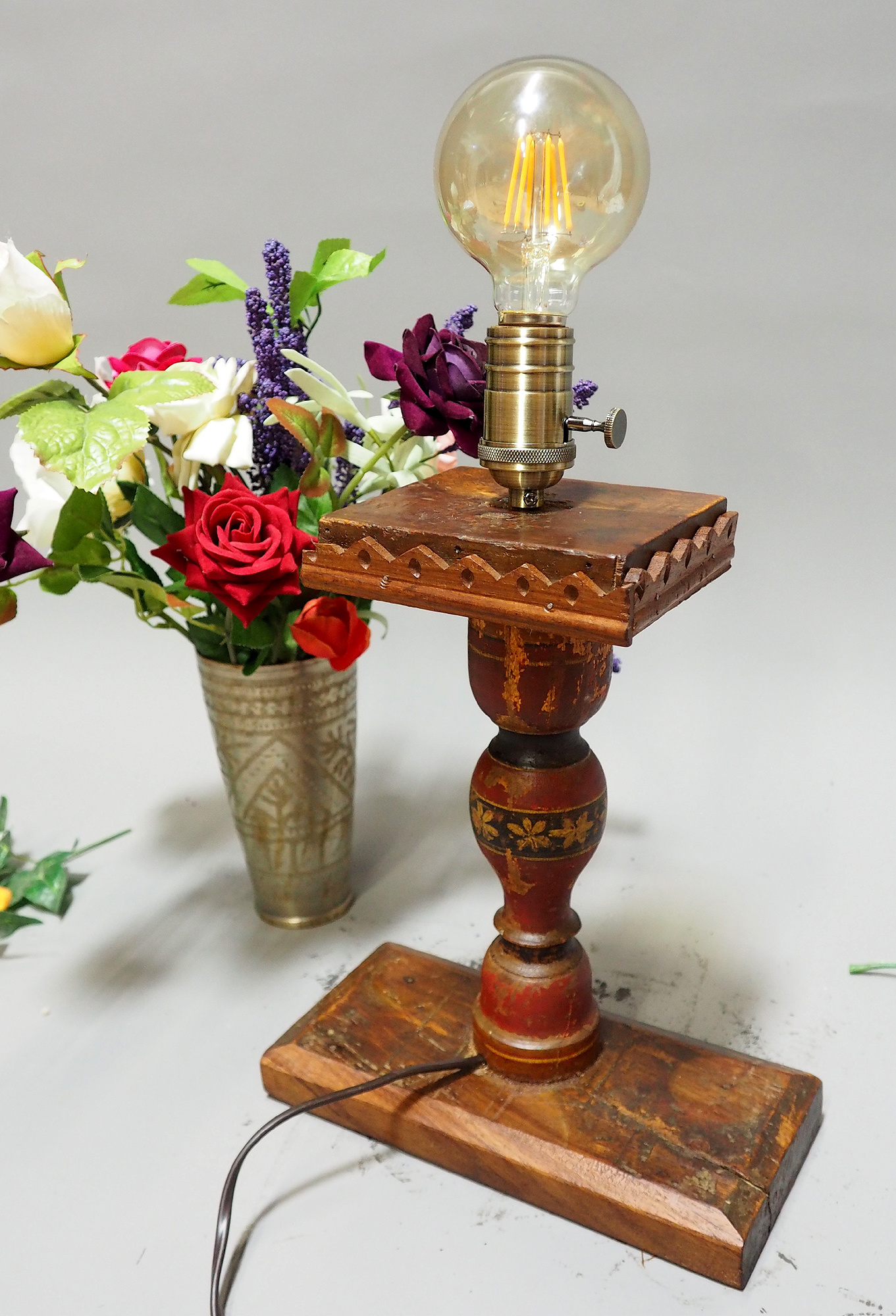 Antique handpainted stunning Vintage Lacquerware wooden Table Lamp with Vintage light fitting from Afghanistan / Pakistan No:21/2