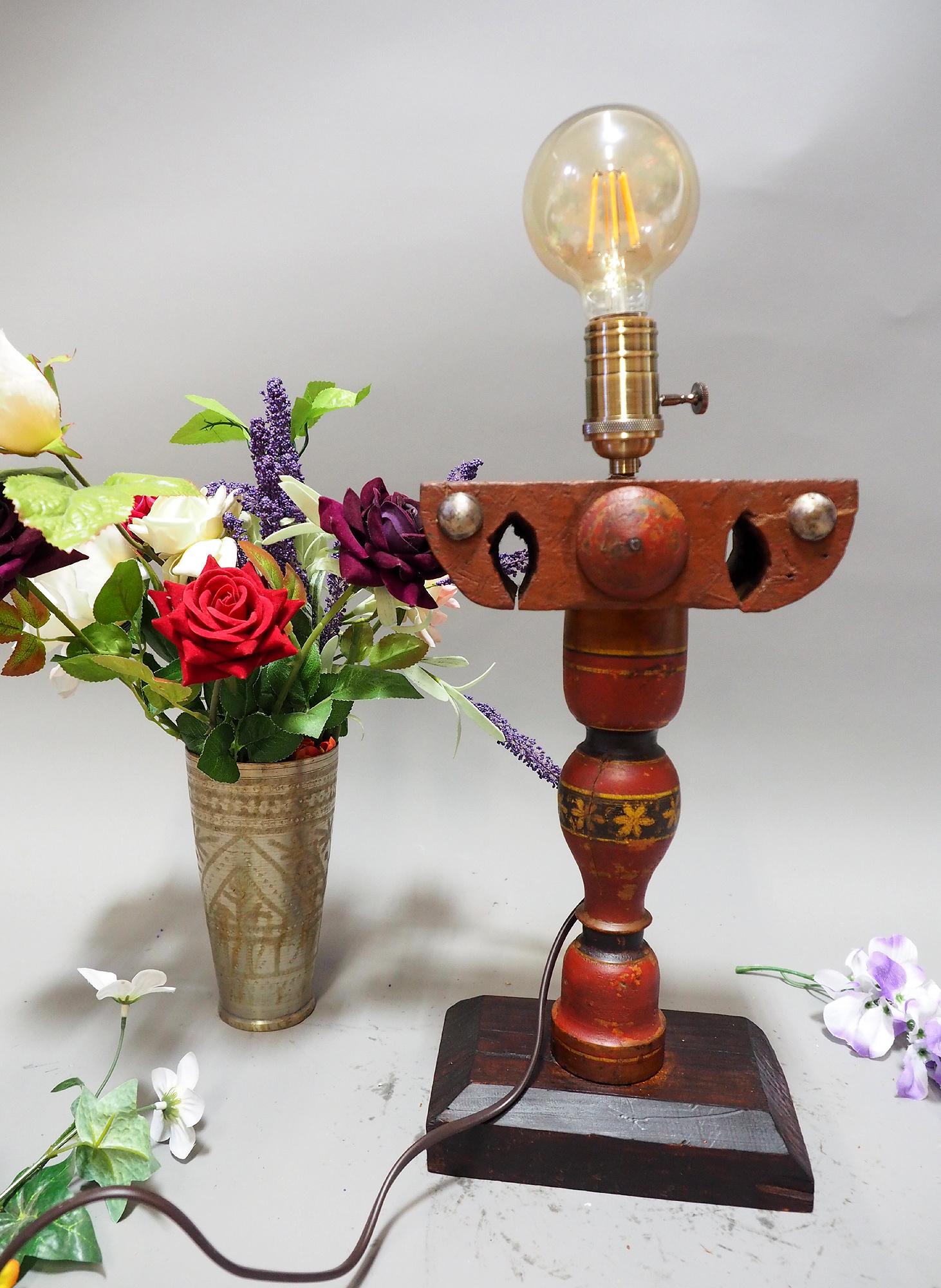 Antike orient handgearbeitete Lacquerware Massiv Holz Lampensockel Tischleuchte mit Vintage Fassung aus Afghanistan Pakistan 21/7