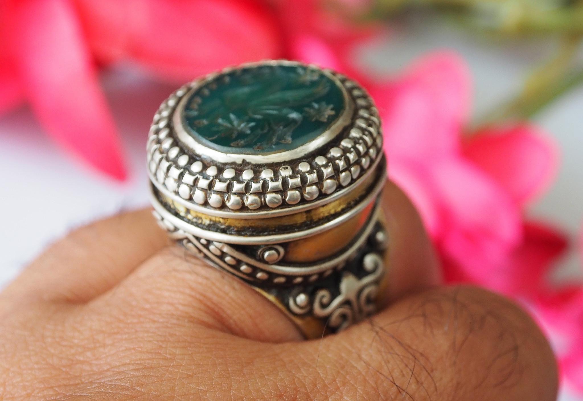 Turkmen Ring  Green agate  seal stone No:470