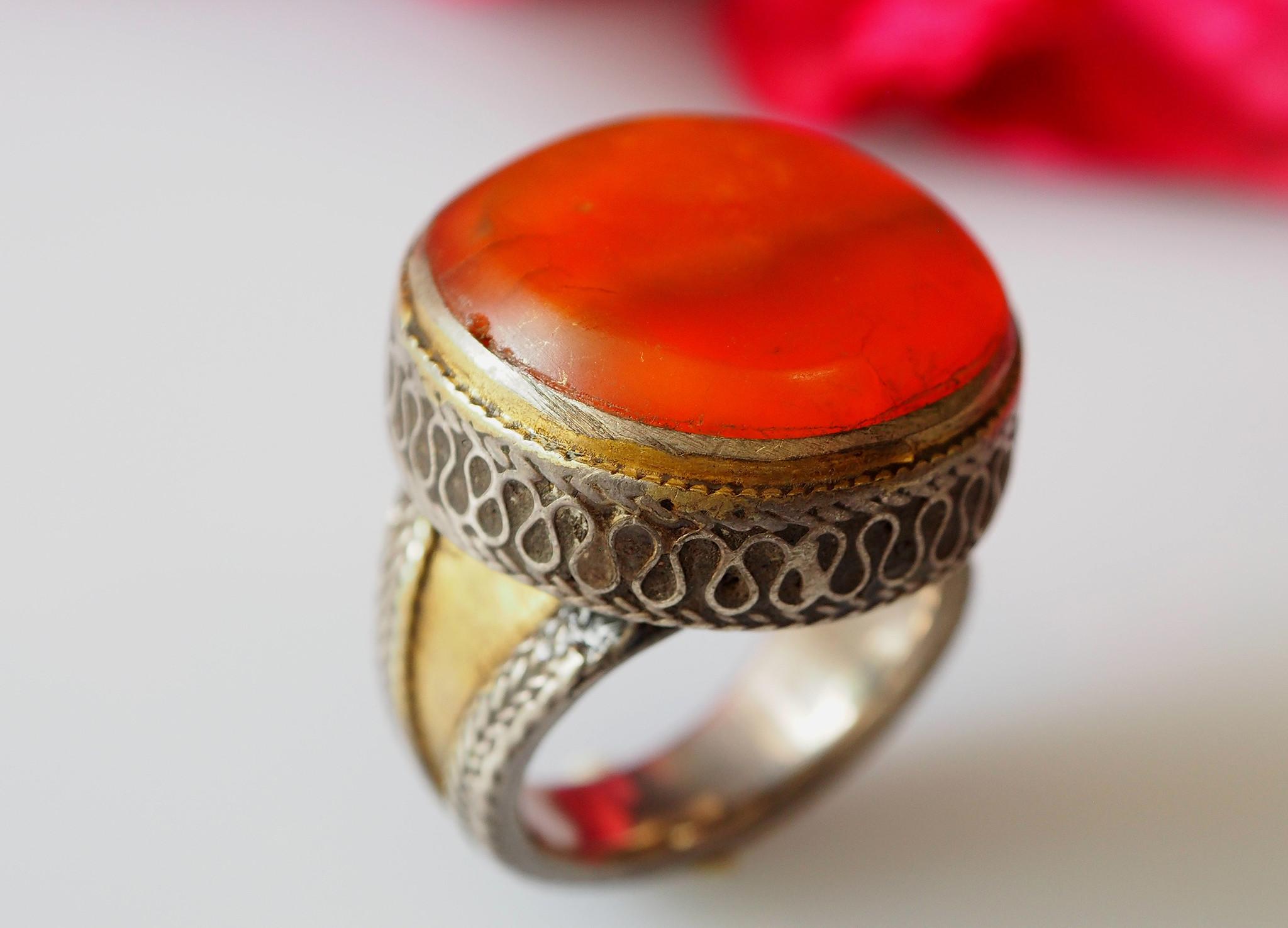 Turkmenische  cabochen Karneol Ring  Nr: 471