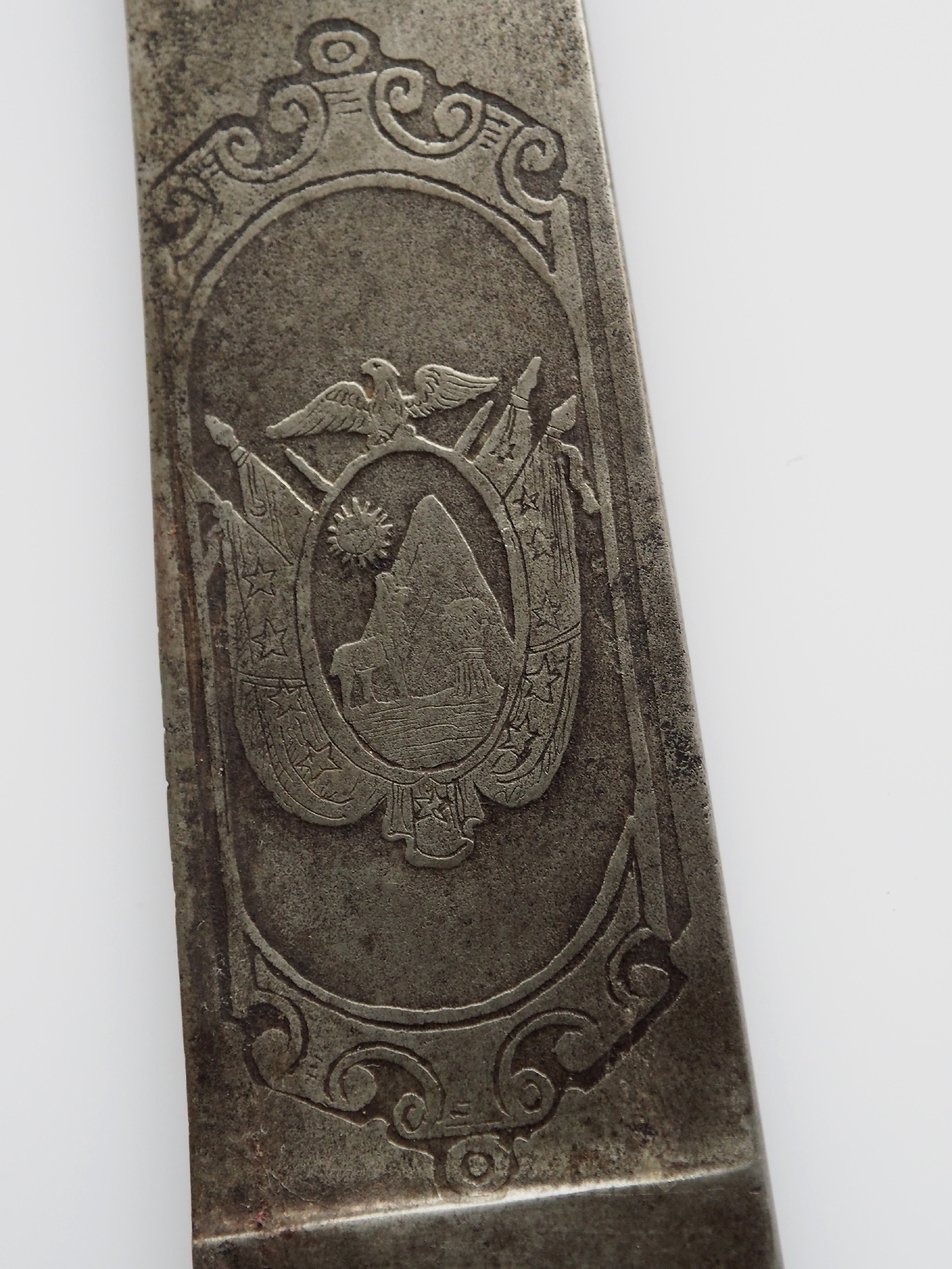 Antique knife withe bolivia coat of arms Leather scabbard No: EB/1