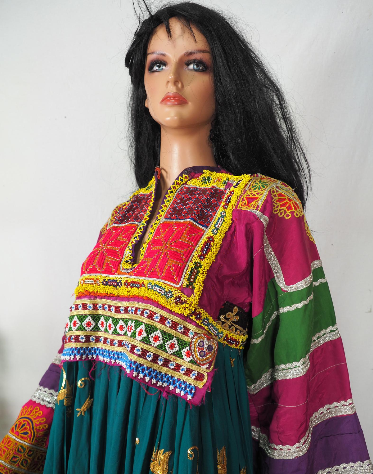 hand bestickt Nomaden kuchi frauen Hochzeit Tracht aus afghanistan  Nr-WL21-1