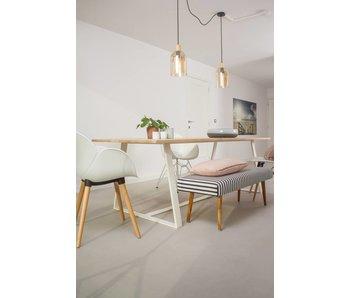 PURE wood design 'Soborg' table en chêne / châssis incliné