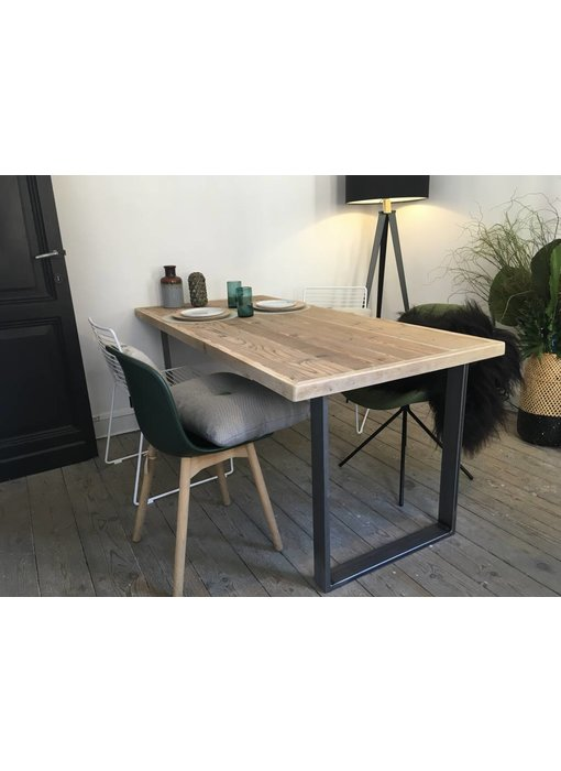"PURE wood design ""Oppland"" Table solide au style industriel"