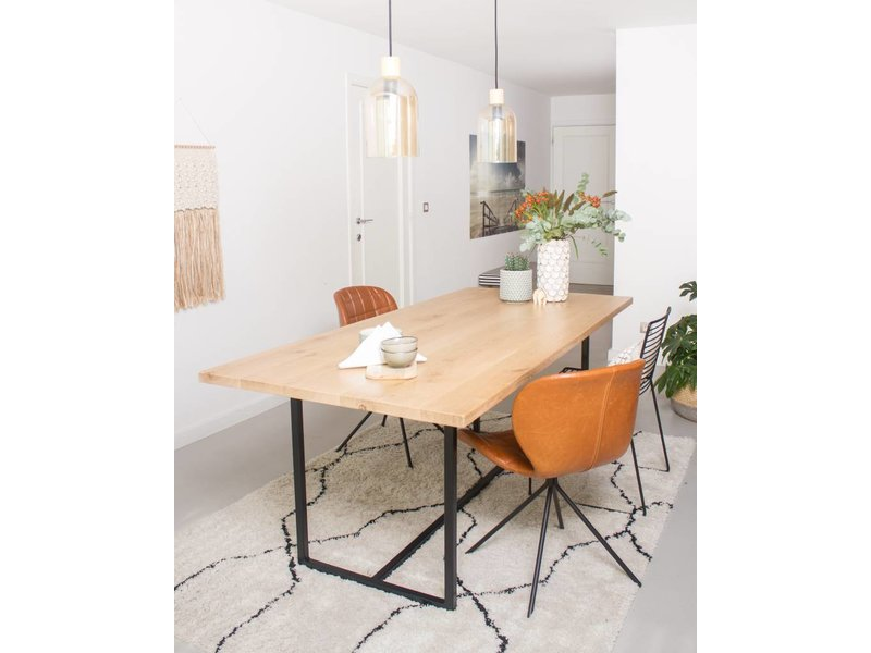 PURE wood design 'Flackberg' table en chêne avec structure en acier