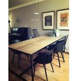 PURE wood design 'Alesund' eiken tafel met stalen frame