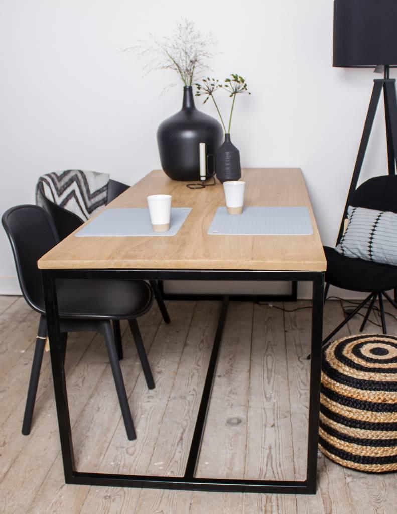 Stalen Design Tafel.Alesund Eiken Tafel Met Stalen Frame Pure Wood Design