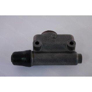 M38A1/Nekaf Master brake cilinder M38, CJ, Jeepster