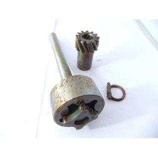 Willys MB Oil Pump repair kit, gear driven