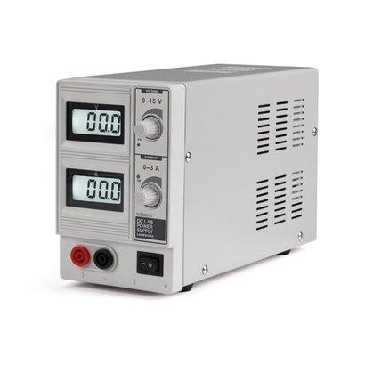 Velleman DC LAB POWER 0-15 VDC / 0-3 A MAX