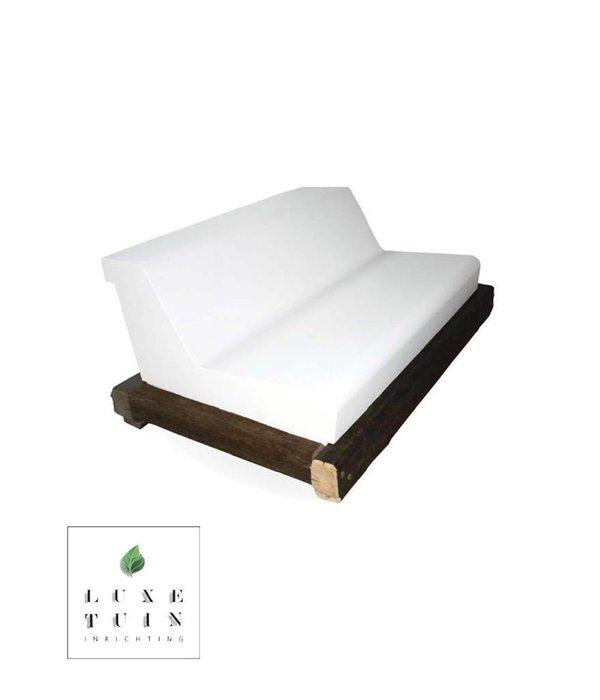 Relax your life Tuinbank Oldwood