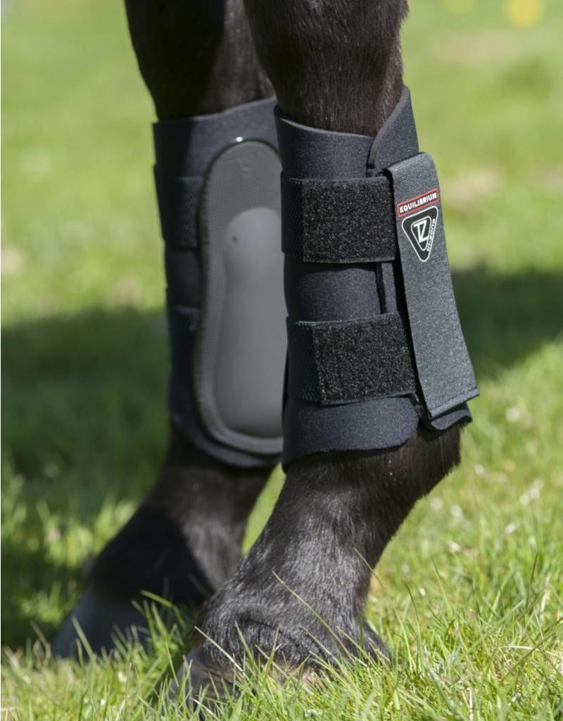 Equilibrium Tri-Zone Brushing Boots