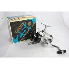 Taiyo 250 | made in Japan| spinning reel + box