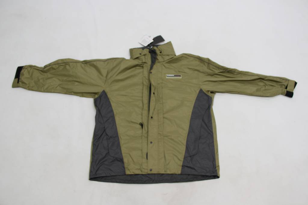 Jackets & vests for predator fishing