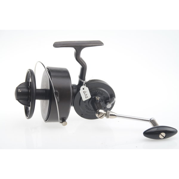 Pezon & Michel luxor saumon mer | made in France | spinning reel