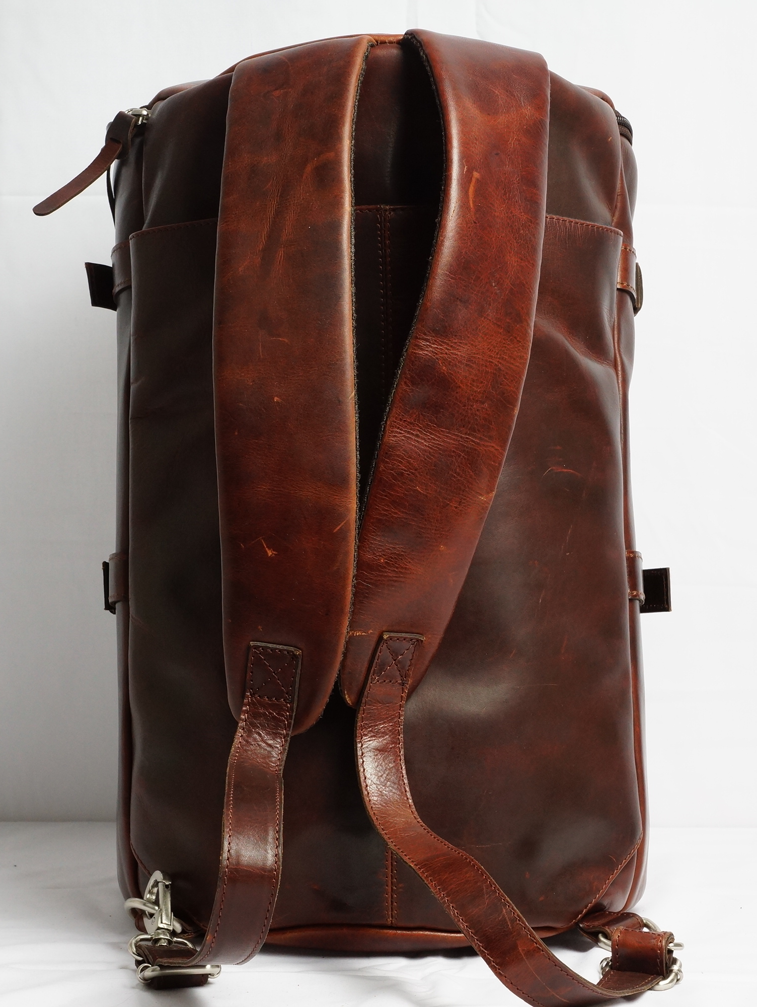 Arpello Old School travel backpack