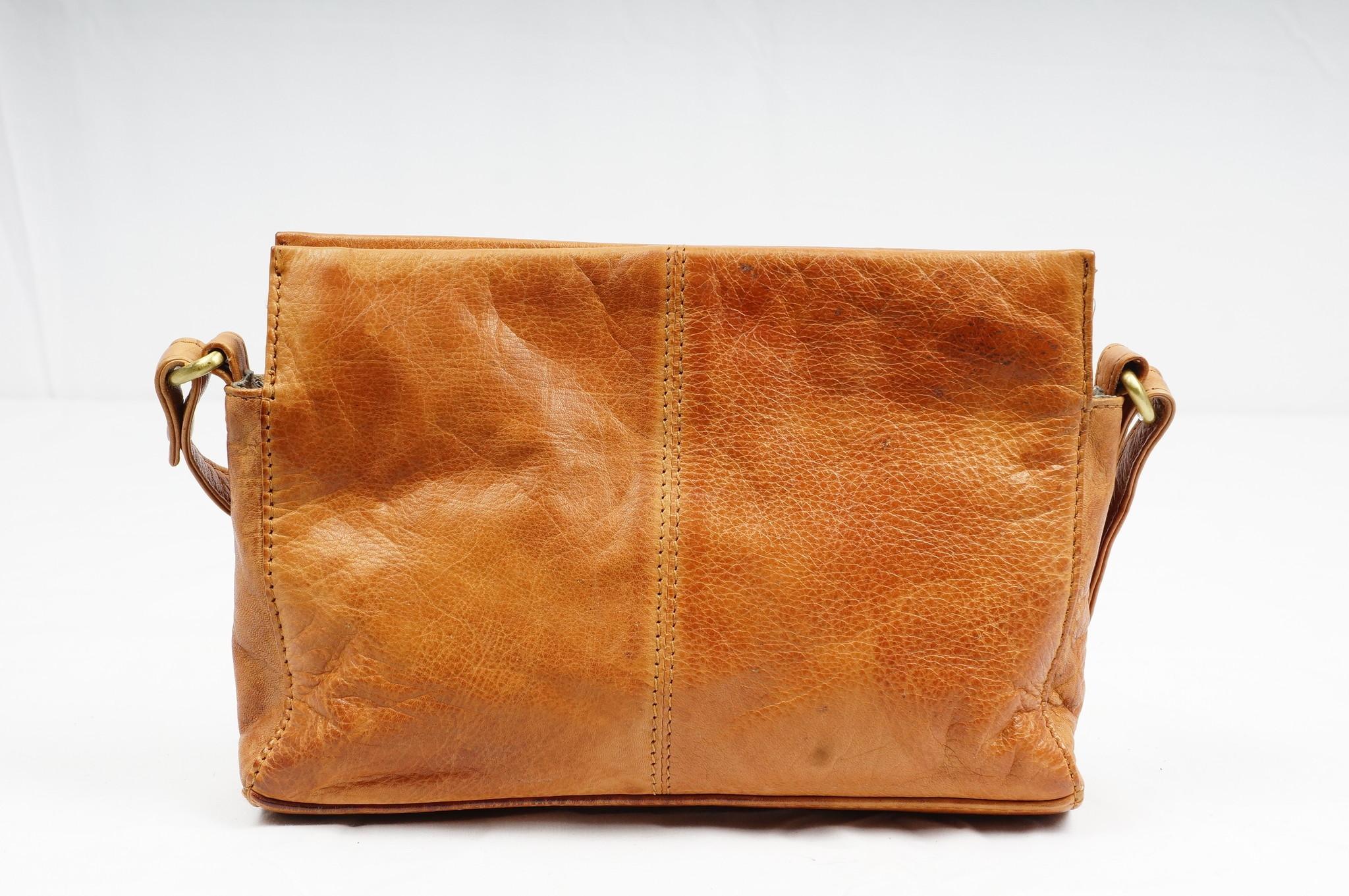 Bizzoo Bizzoo cross-over bag small cognac