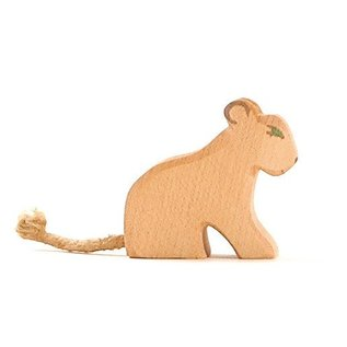 Ostheimer Ostheimer Leeuw klein zittend 20003