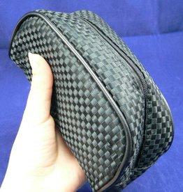 Kosmetiktasche von Maurice im schwarzen Carbon-/Karo-Design