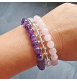 Gouden driehoek armbanden, amethist, rozenkwarts en bergkristal