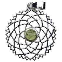 Zilveren hanger met moldaviet