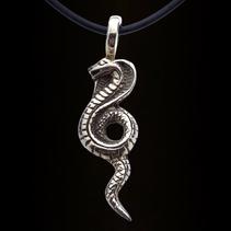 Zilveren hanger cobra