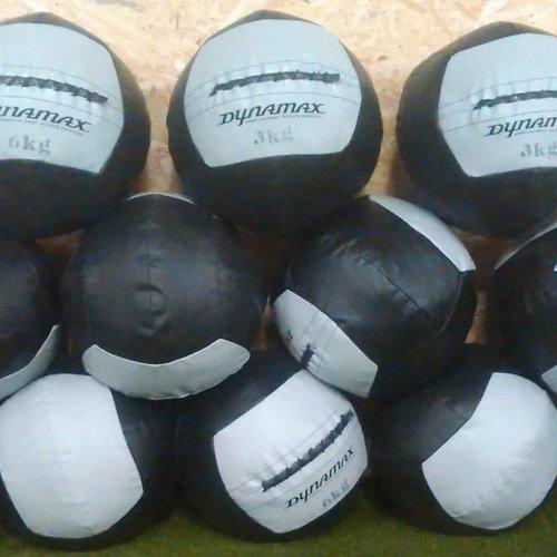 Wall balls